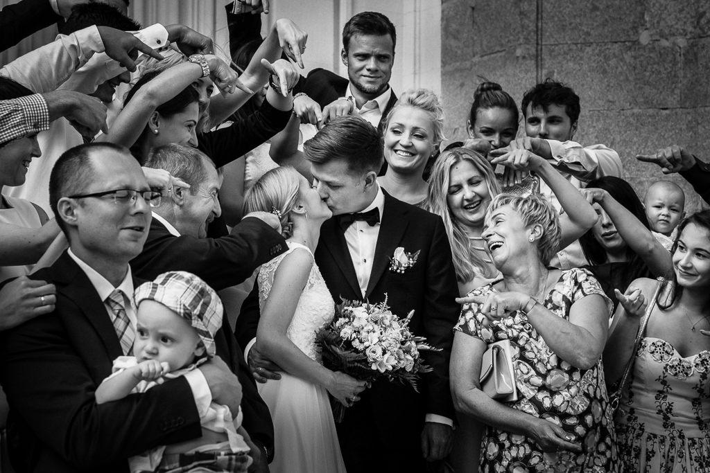 best photo group wedding photographer barcelona