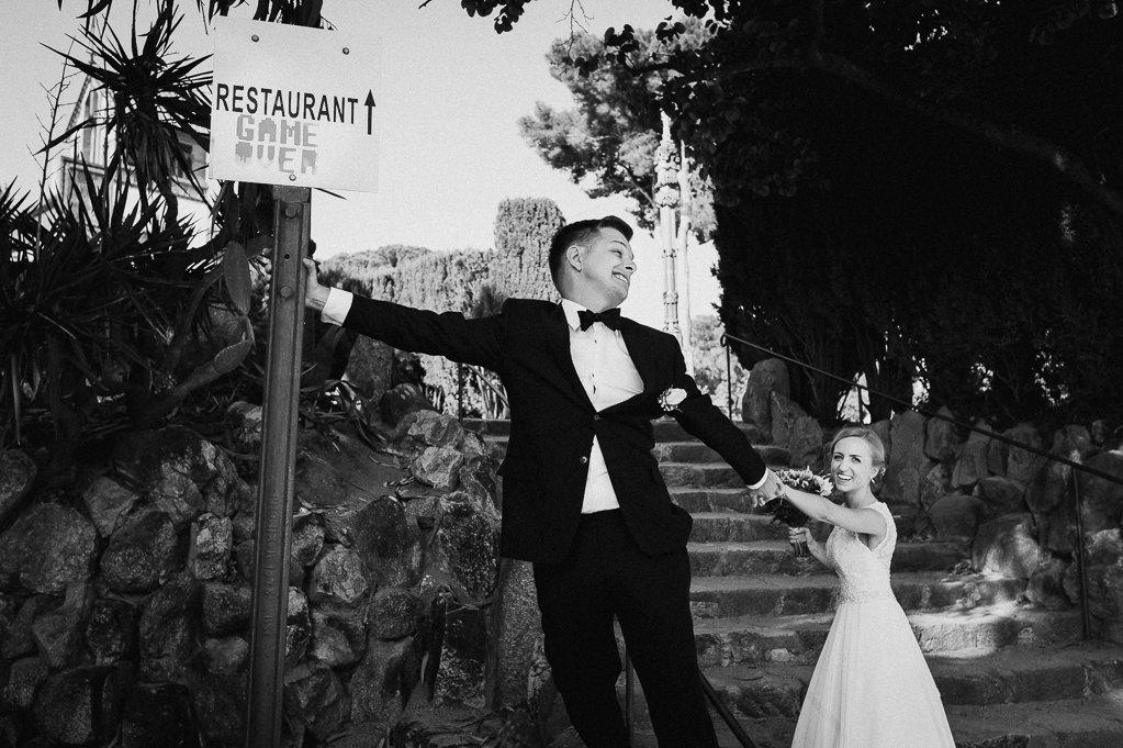 bride and groom funny moments wedding girona