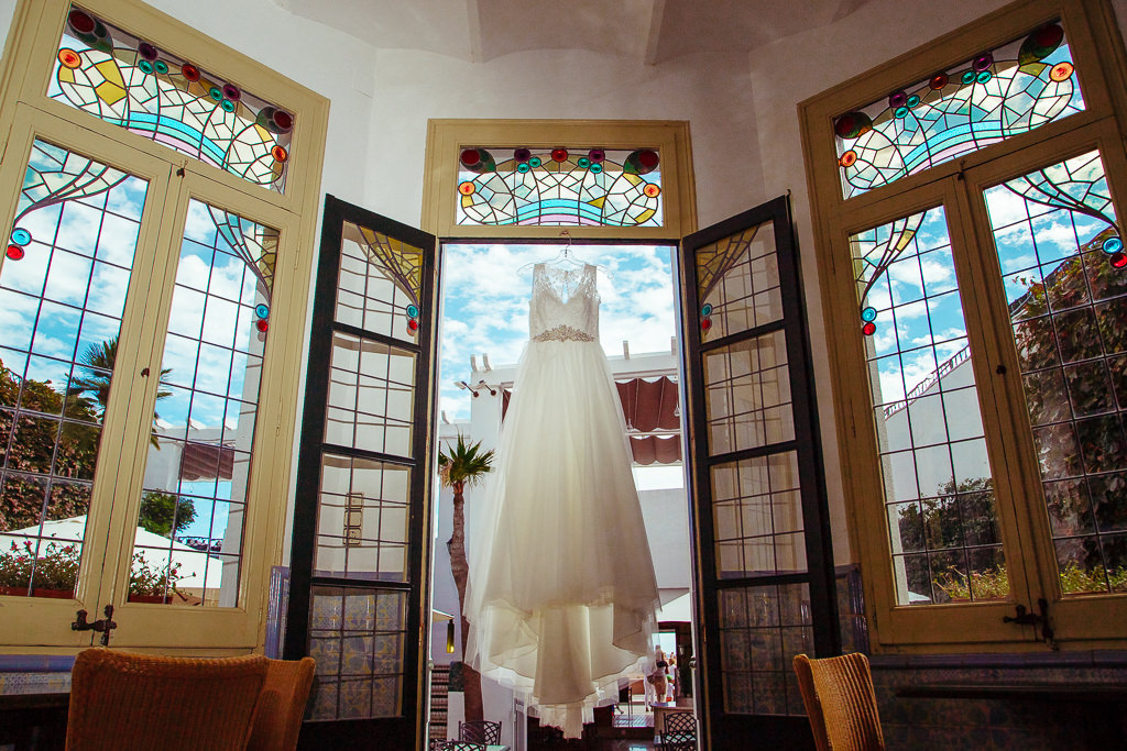 wedding dress photo ideas documentary wedding photography