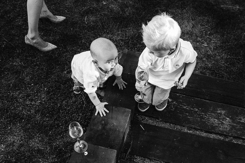 funny kids at wedding in girona