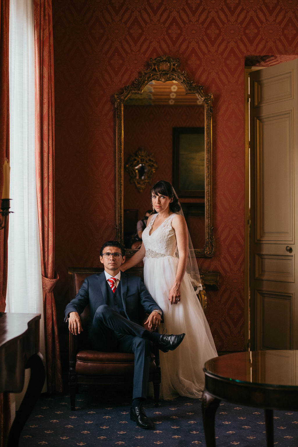 bride and groom photo ideas for documentary wedding photography barcelona