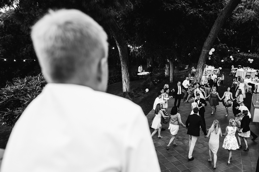 bride and groom first dance photo documentary wedding girona