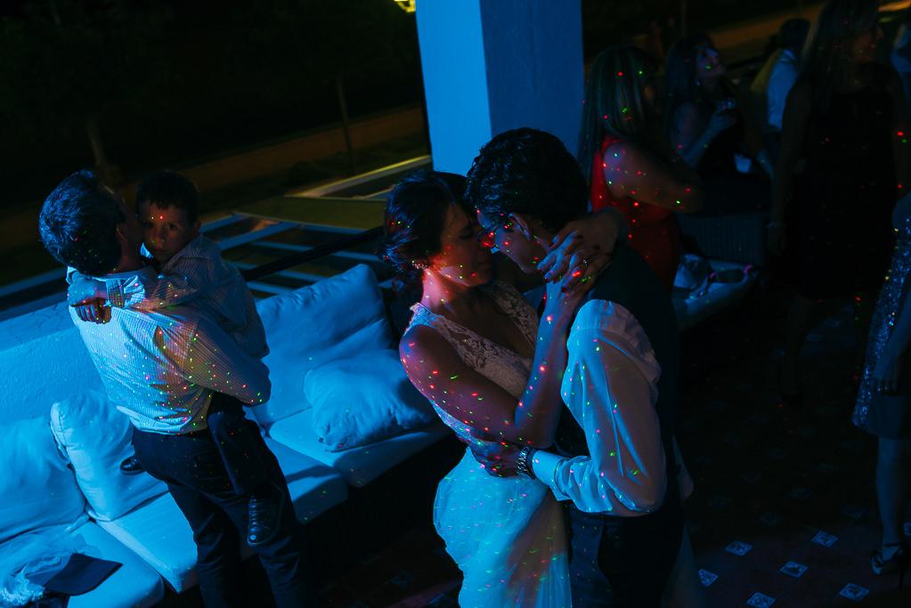 nice photo bride and groom romantically dancing wedding party tossa de mar