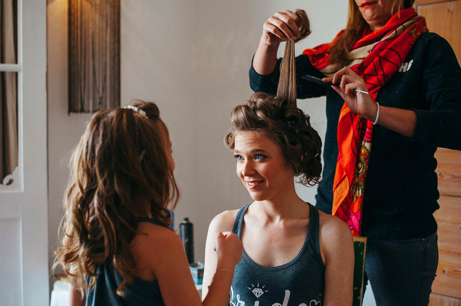 bride's hair preparation before the wedding sitges