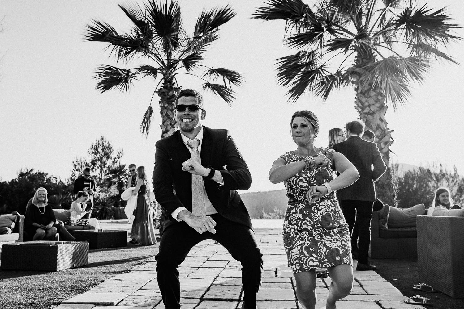 funny party wedding moments