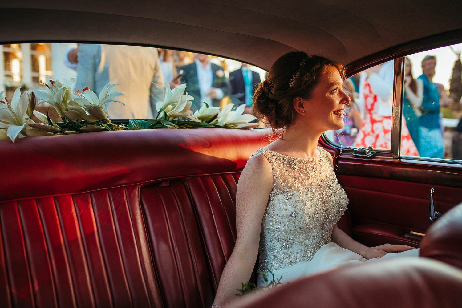 portrait of the bride in the car wedding barcelona