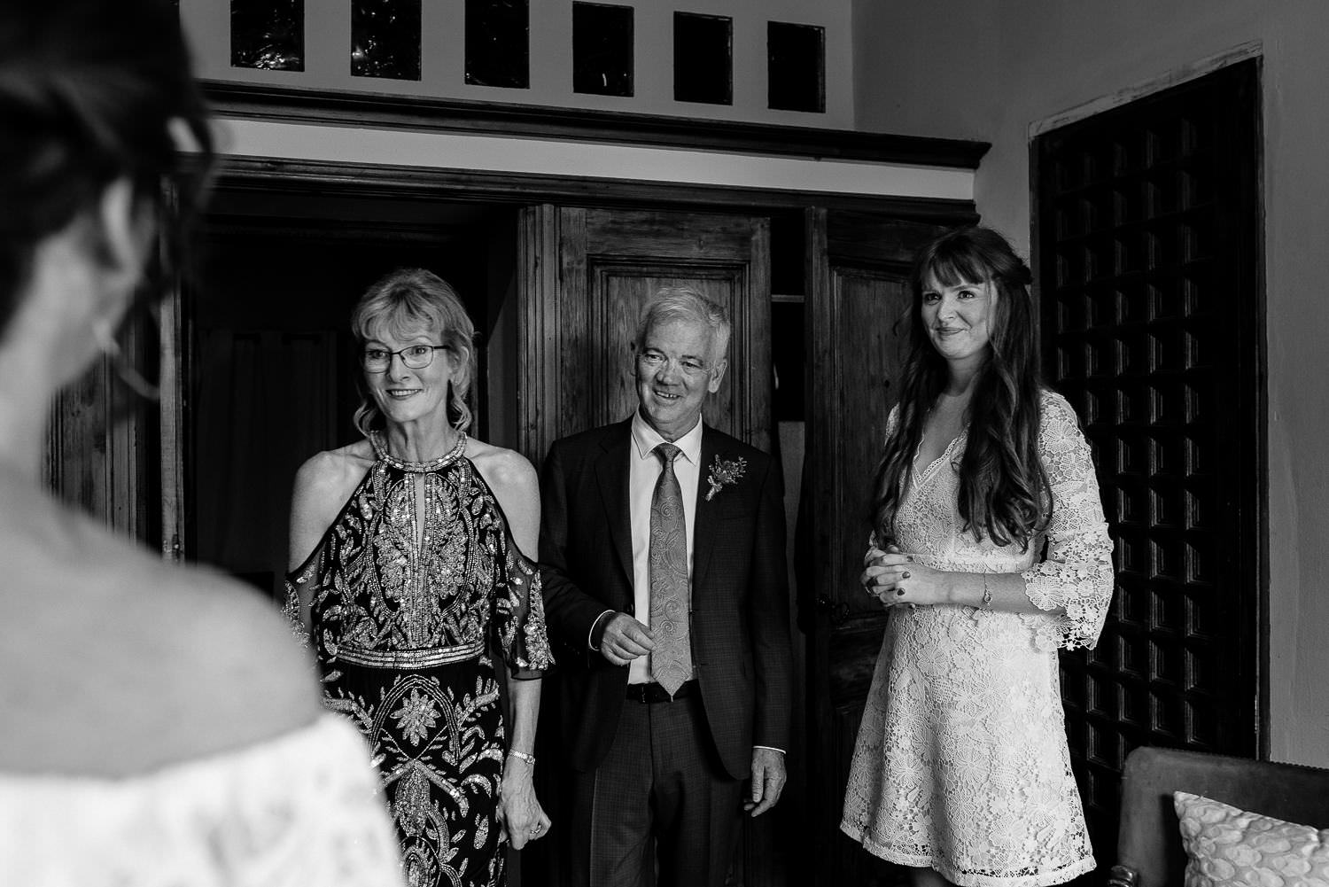 Documentary wedding photographer Parents of the bride