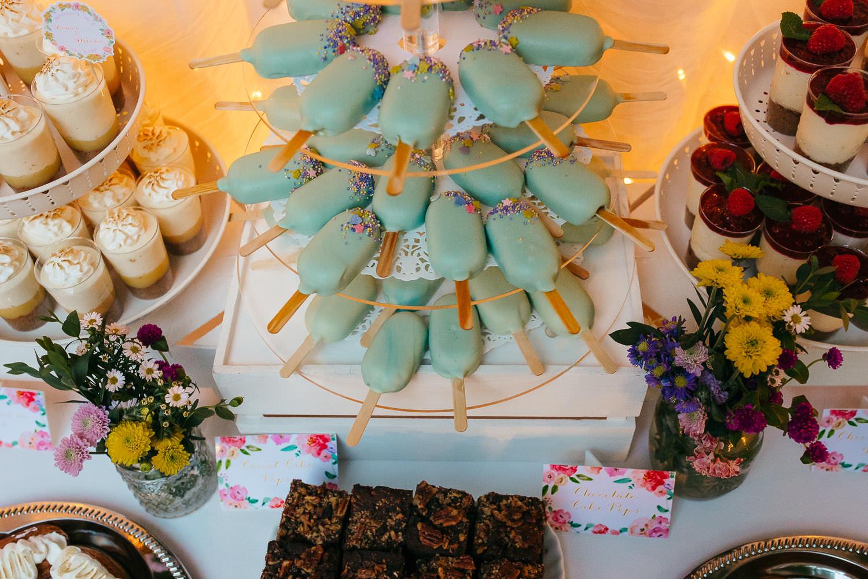 Wedding reception food ideas. Wedding venue photographer Barcelona