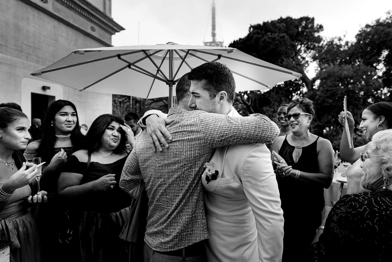 wedding guest crying during wedding ceremony in Biblioteca Almirall in Barcelona