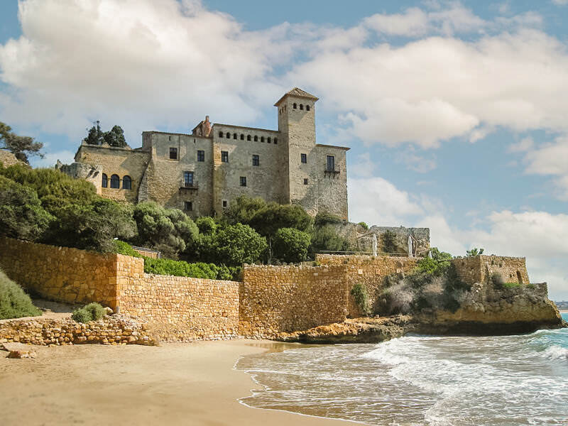 Castillo Tamarit best wedding venues near barcelona